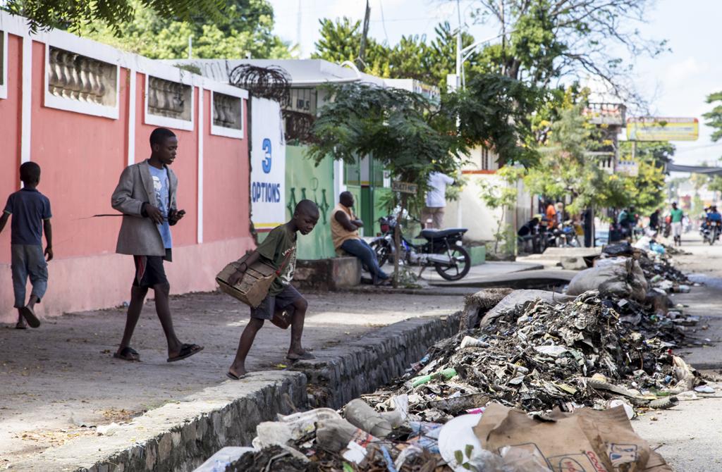 Children on the streets, Haiti
