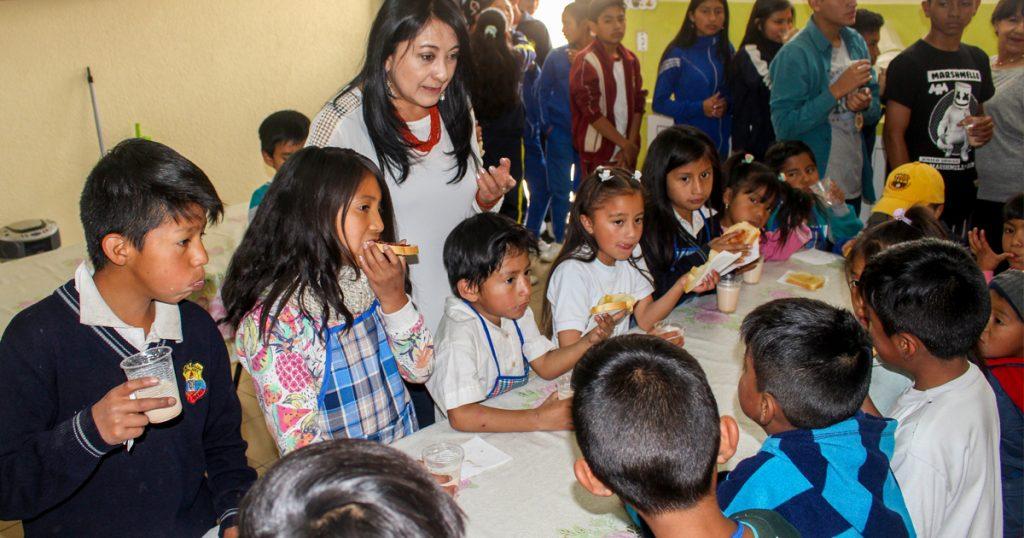 Children receiving meal
