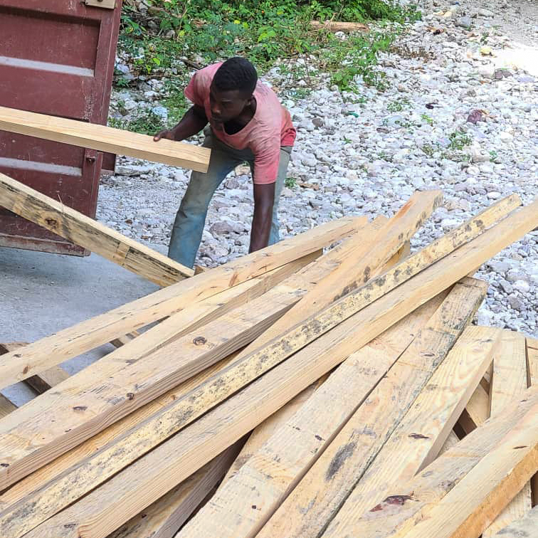 Construction for school shelters